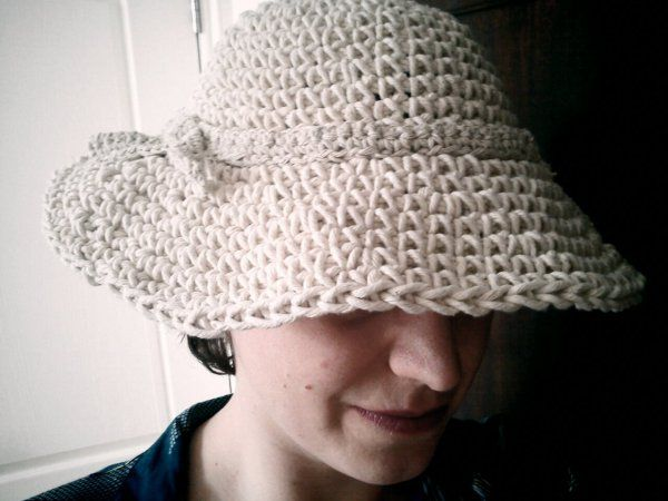 1950s-style wide brimmed hat | Pinterest