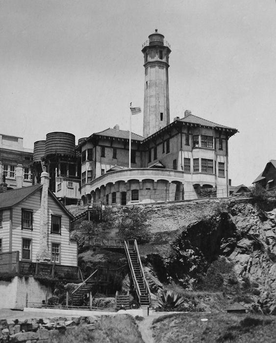 Westlight House: 1910 Photograaph Of The Alcatraz Island Lighthouse