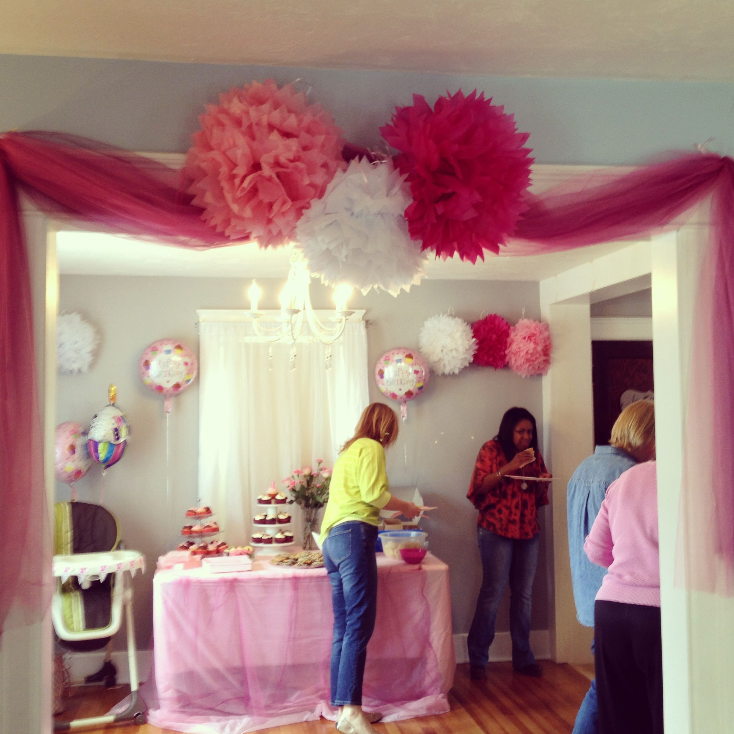 Bridgette 39 s 1st birthday party decorations pink tutu for Balloon decoration for 1st birthday party