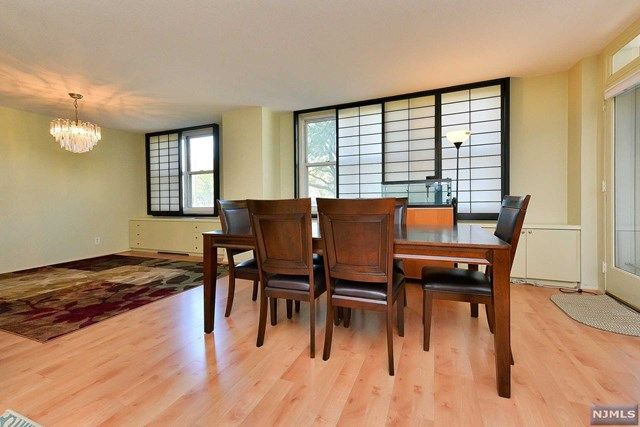 View property details for 2200 N Central Rd #1F, Fort Lee, NJ. 2200 ...