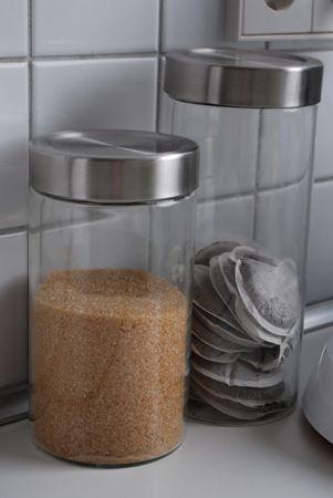 Aufbewahrung In Der Küche  Ordnung Schaffen Mit Glas. Storage In The  Kitchen   Organize