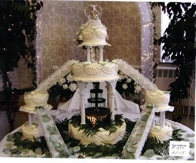 Bridge Wedding Cakes With Fountains Bridge Style Fountain Wedding