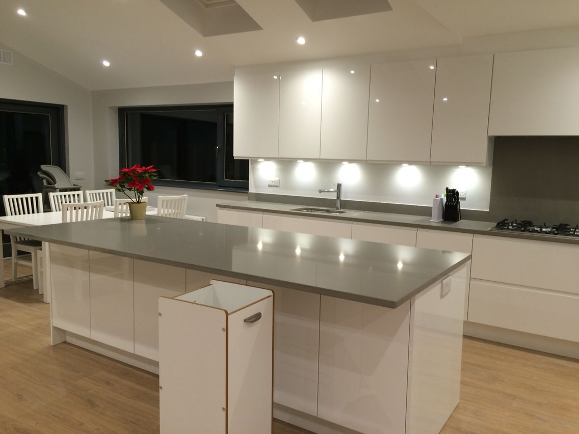 Finally. My Very Own Kitchen That I Love. White High Gloss