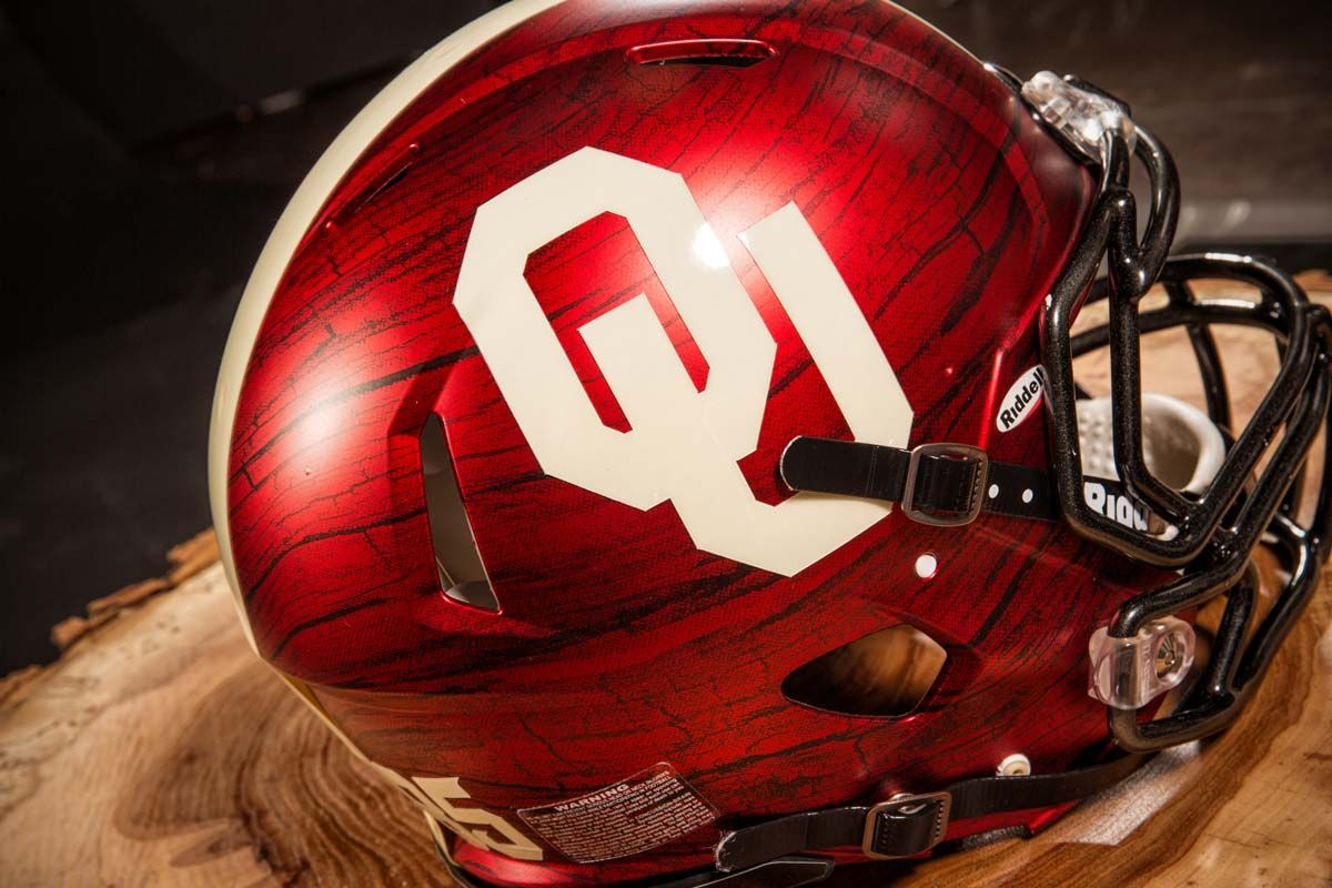 586156e59 Oklahoma Sooners Wooden Texture | Helmets and Decals | Football ...