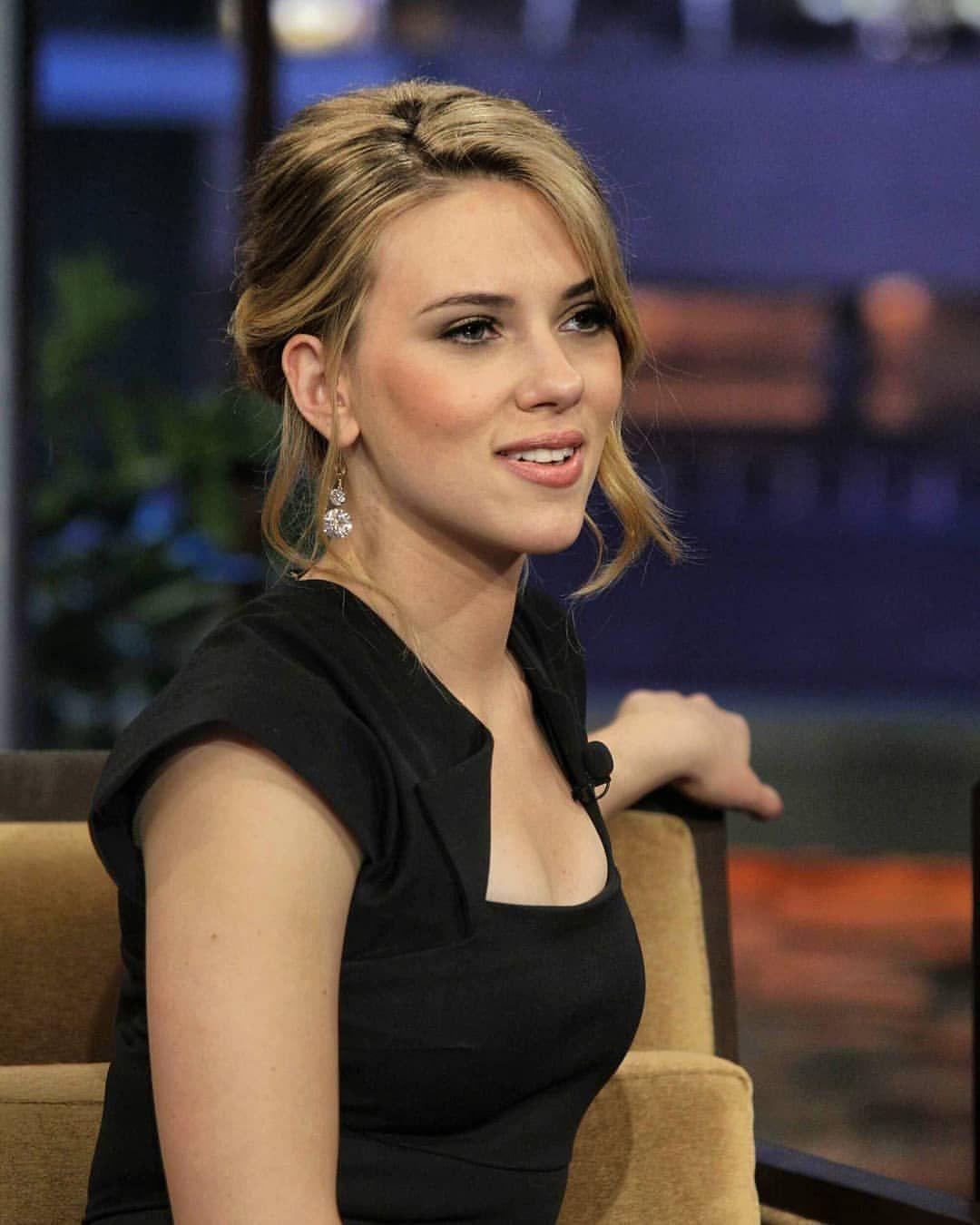 Пин на доске Scarlett Johansson / Black Widow