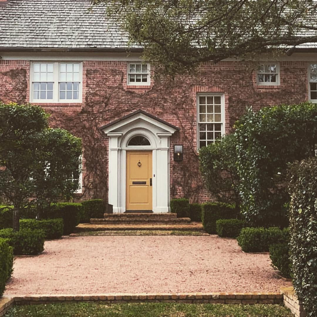river oaks | Town and Country: Exteriors | Pinterest | Rivers ...