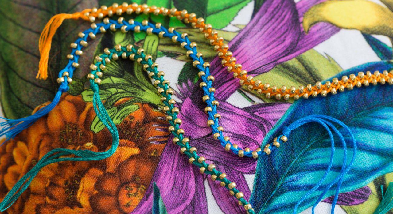 Bracelet brésilien : un modèle tressé à perles | Bracelet à réaliser soi même, Bracelet ...
