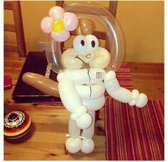 Sandy Cheeks Balloon Sculpture   Balloon decorations ...