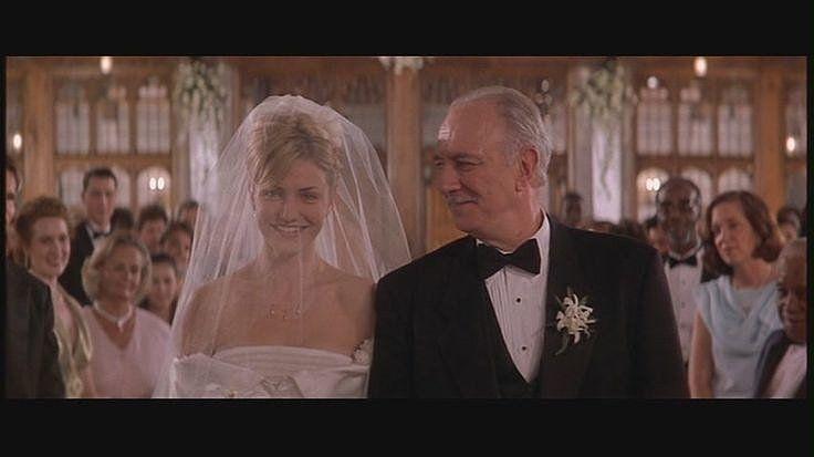 These Photos Prove That Cameron Diaz Made A Beautiful Bride Wedding Movies Movie Wedding Dresses Best Friend Wedding