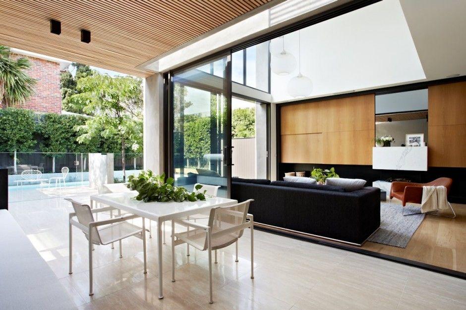 Fortress Exterior Reveals Open Interiors Surrounding Central Courtyard Contemporary House House Design House Interior