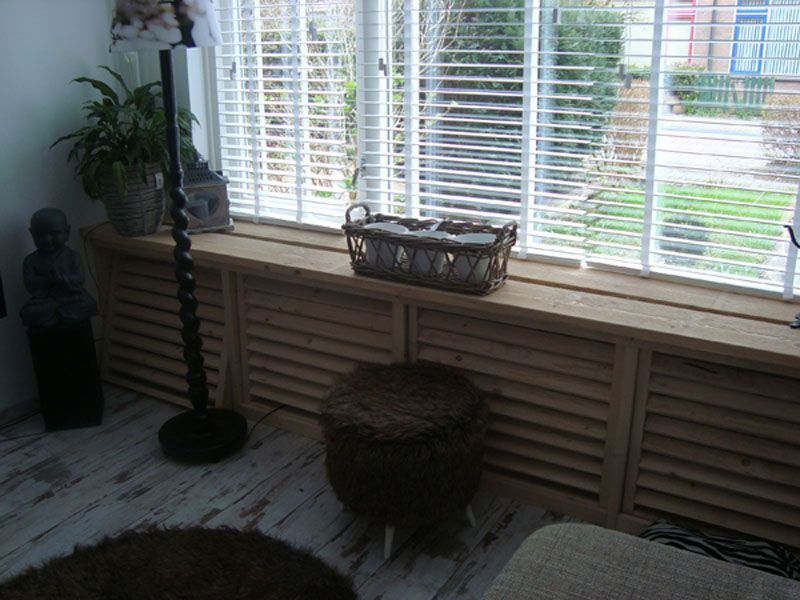 Verwarming ombouw oud hout woonkamer meubels for Steigerhout vensterbank