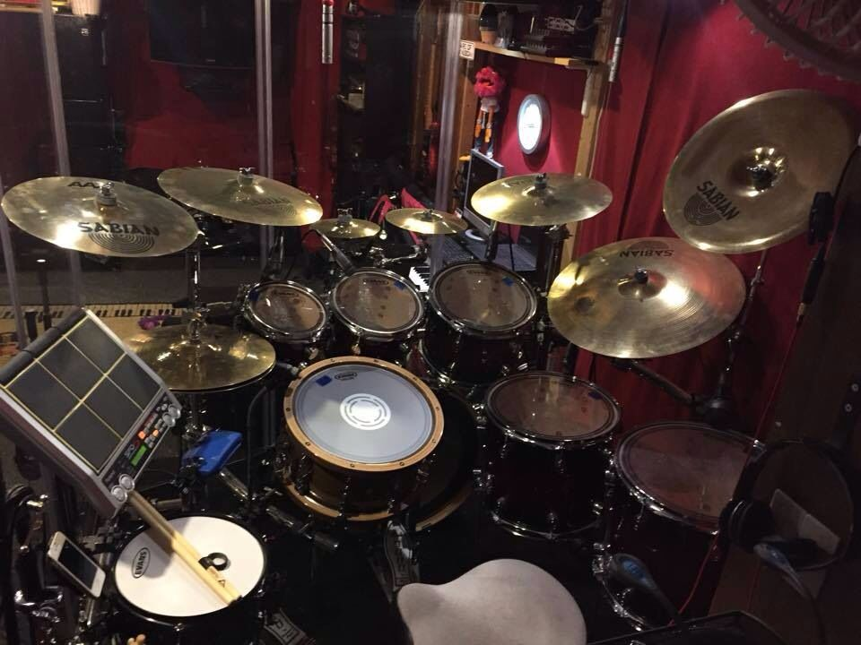 i would rock this set drums in 2019 drums snare drum drum music. Black Bedroom Furniture Sets. Home Design Ideas