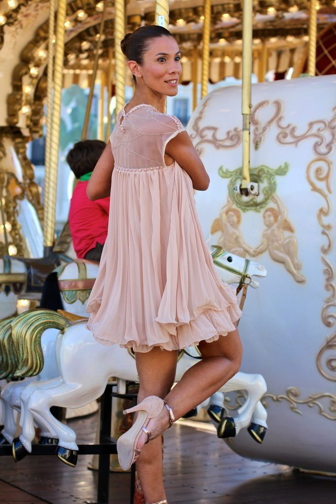 Carrousel ( Chiffon Tulle Dresses & Leather Sandals )