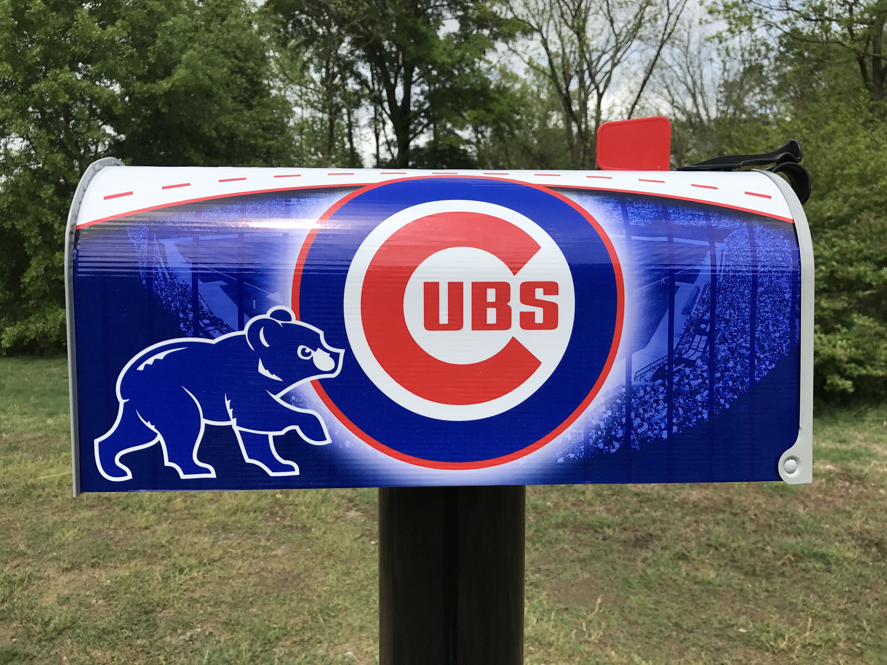 Stupendous Chicago Cubs Themed Mailbox Chicago Cubs Personalized Pabps2019 Chair Design Images Pabps2019Com