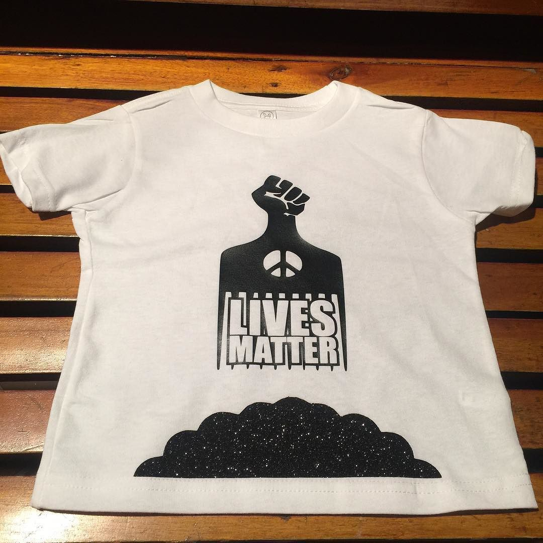 """EXCLUSIVE for Kids """"BLACK LIVES MATTER""""  Afro Pic Logo On SALE NOW CMC we are EVERYWHERE! #cmcontherise #cmc4eva #customshirtkings #ucmeb #blacklivesmatter #soleswap #fff #flyishonly #extrabacon #superdope #support #awareness #diabetes #lupus #asthma #MS #hypertension #cholesterol #aids #breastcancer #domesticviolence #pancreaticcancer #hope #strength #unity #love #courage by _cmc4eva"""