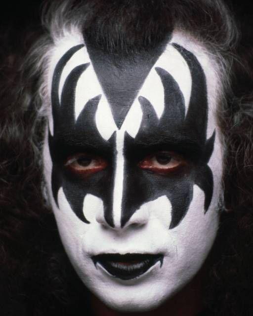 Kiss Demon Makeup: Pin By Lee Thomson On GENE SIMMONS 79-81