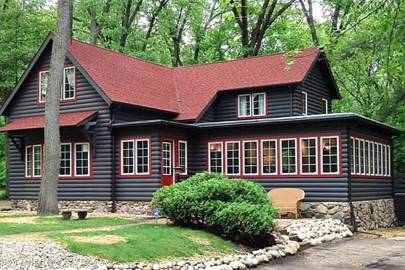 10 log cabins to warm up a chilly night circa old houses on rustic cabin paint colors id=21747