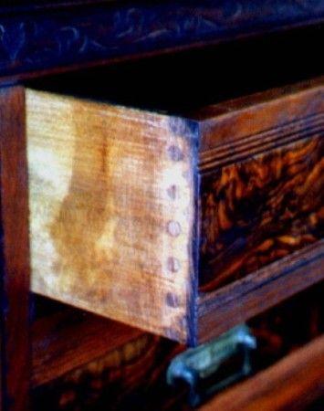 Knapp Joint Dresser