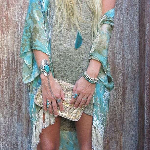 Gorgeous turquoise and metallic taupe fringed kimono, shimmering sequin clutch & turquoise jewels by Spell designs. Via Gypsy Lovin Light.