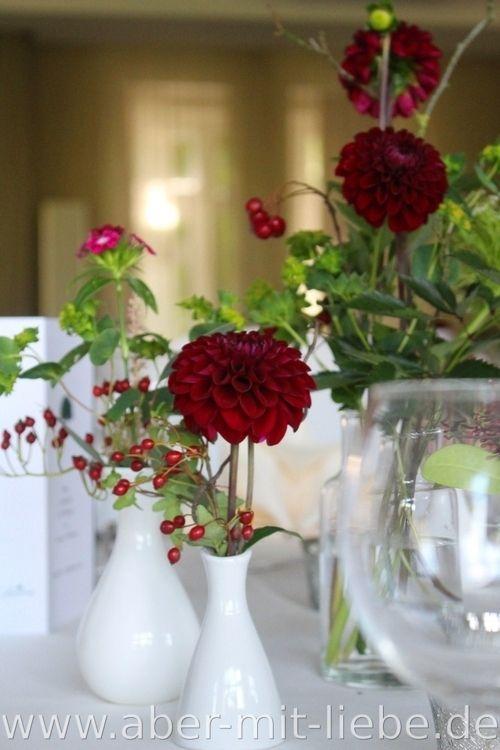 Tischdeko Bordeaux Hochzeit