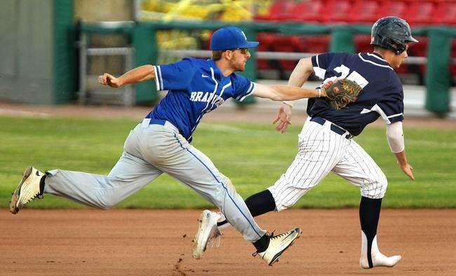 H S Baseball Braintree Down To One More Chance To Defend Super 8 Title Super Braintree Defender