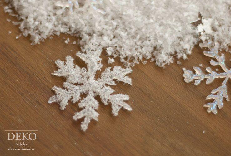 diy weihnachtsdeko basteln eiskristalle aus hei kleber deko kitchen basteln. Black Bedroom Furniture Sets. Home Design Ideas