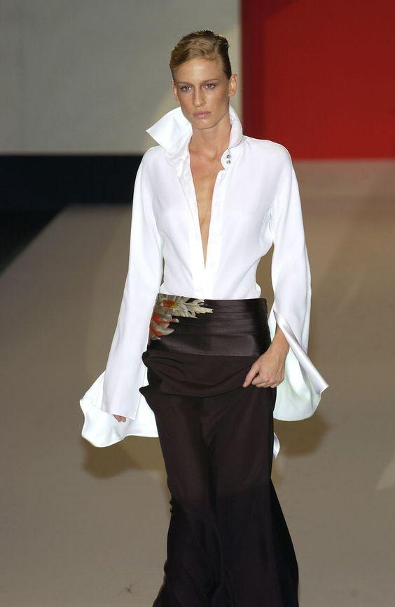 Long Cuffs White Shirt Black Maxi Skirt Trends For 2017