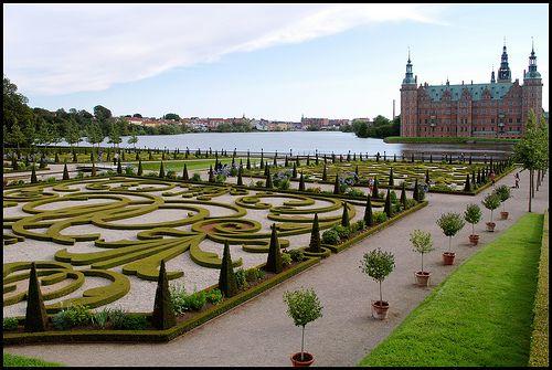 Le Jardin du Rococo (With images) Rococo, Castle, Le jardin