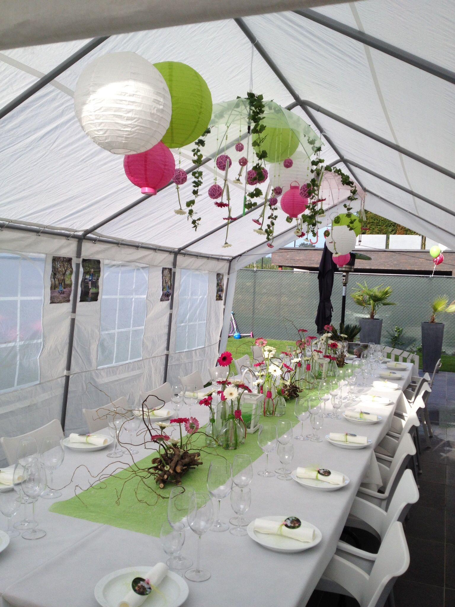 Communie outdoor decorations tent gerbera flessen for Outdoor tent decorating ideas