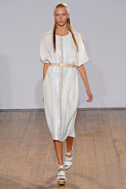 Farhi nicole shows summer clothes in london forecast dress in on every day in 2019