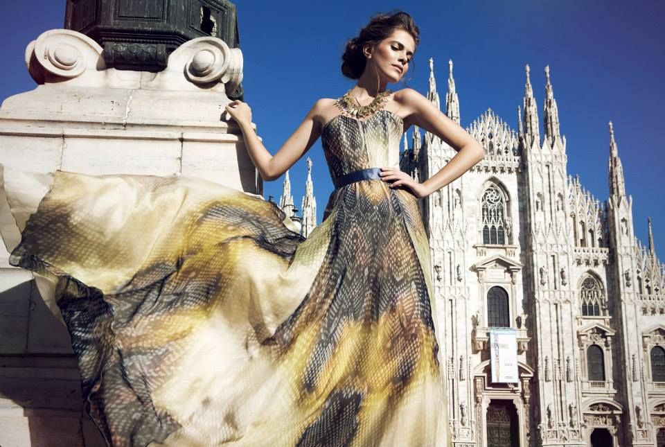 495DM Crystelle gold necklace collier Duomo Milan