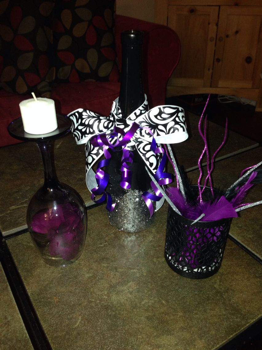 DIY 21st birthday party centerpieces! Fun and easy to make