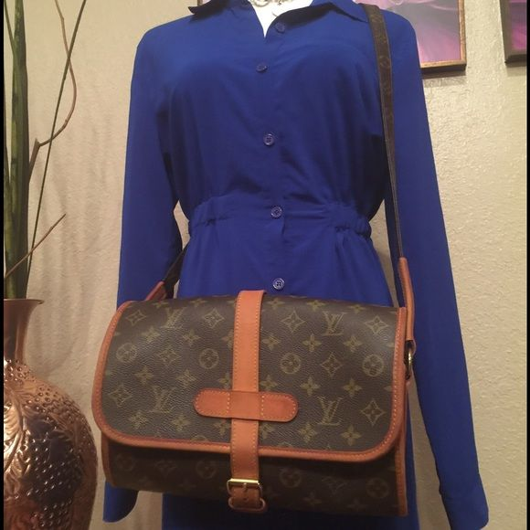 Authentic LV Crossbag In amazing condition!! Louis Vuitton Bags