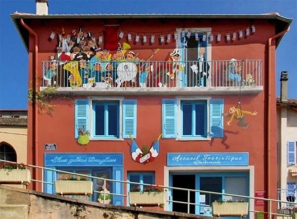 Les trompe-lu0027oeil de Patrick Commecy égaient les rues - Guide - peindre une facade de maison