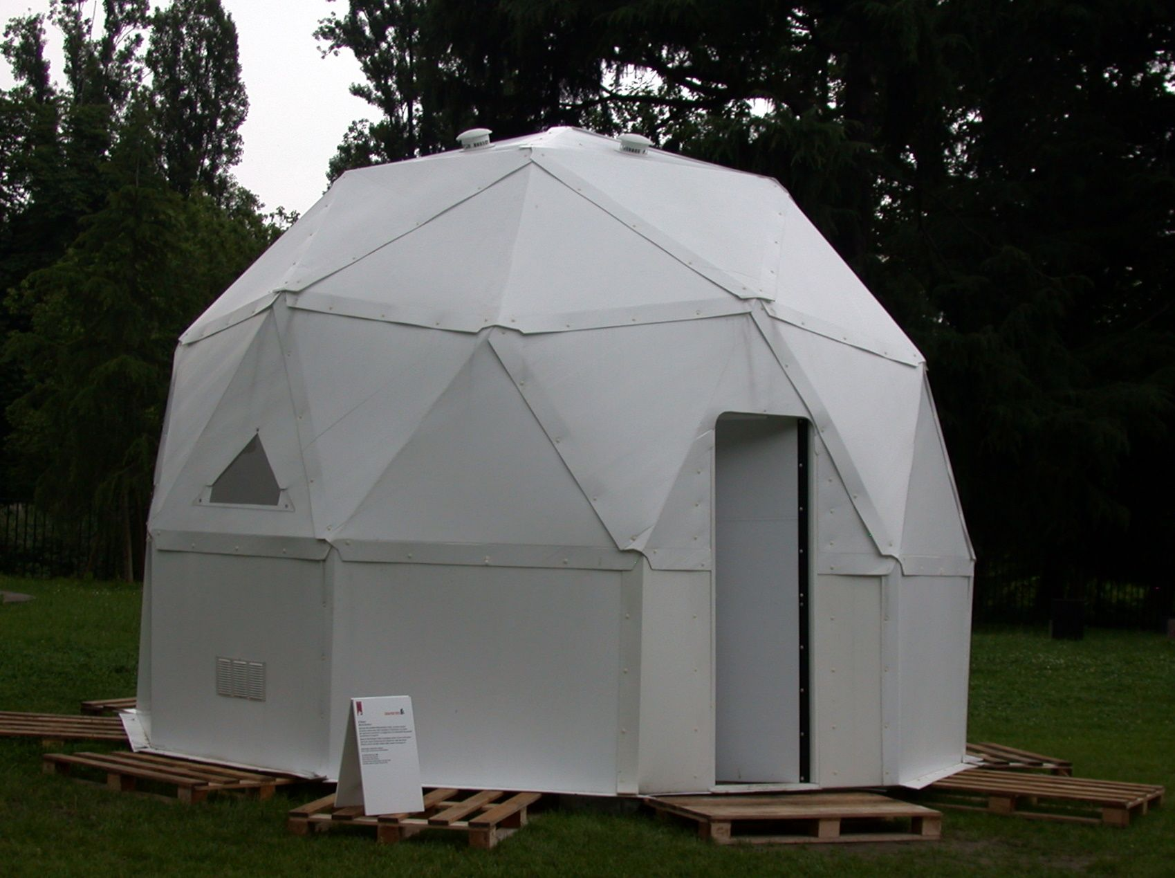 Mobile Bug Out Shelter : Life cube a blow up survival shelter old project