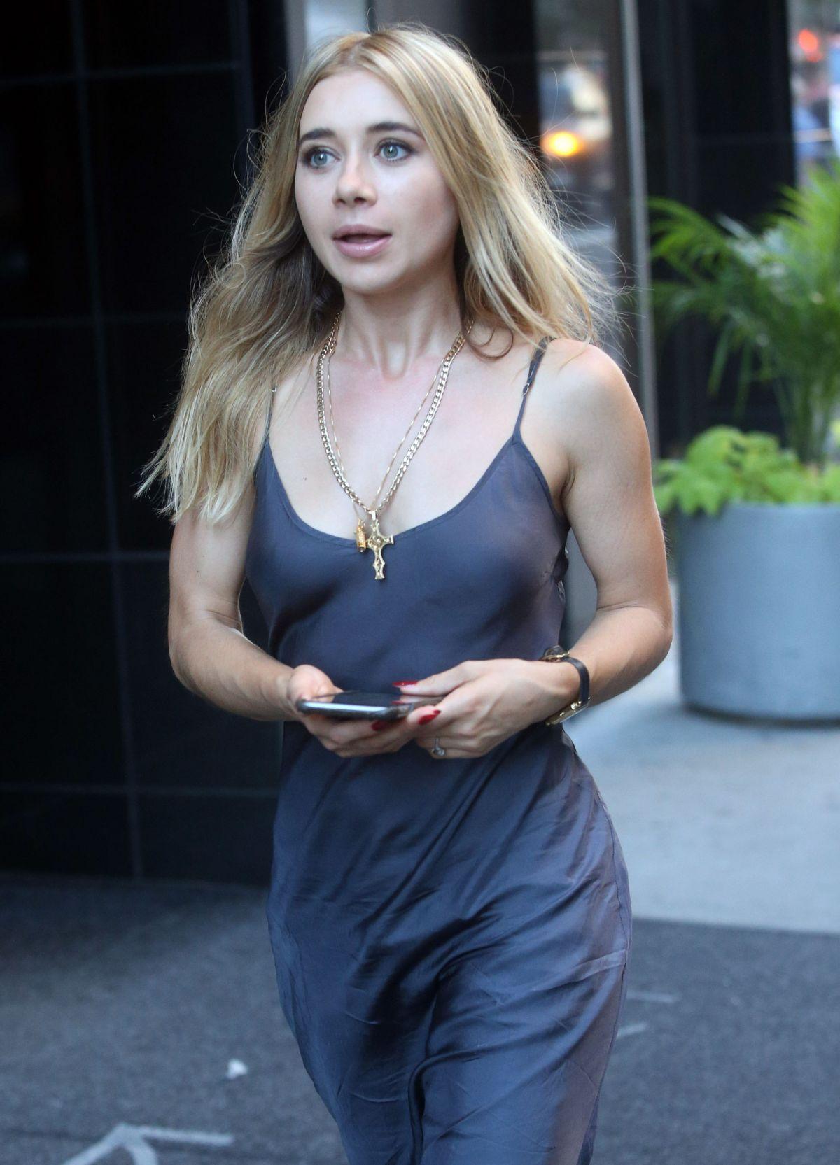 Celebrity Olesya Rulin naked (21 photo), Tits, Hot, Boobs, braless 2017