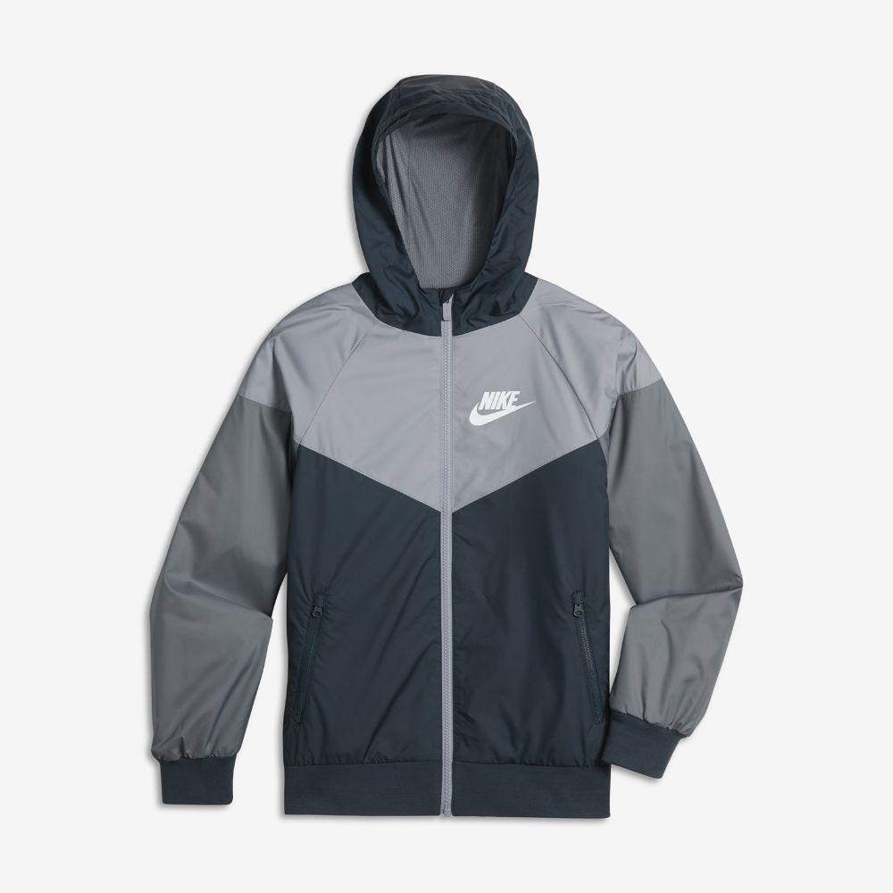0a25d7a53946 Nike Sportswear Windrunner Big Kids  (Boys ) Jacket Size Medium (Blue)