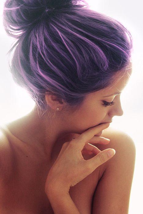 Cheveux noirs méchés violet pastel #cheveuxviolets