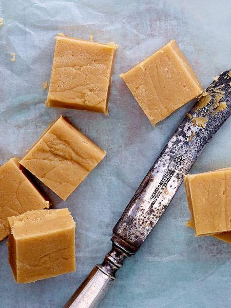 Klassisches Fudge-Rezept - so geht\'s | Süß, Küche und Geschenk
