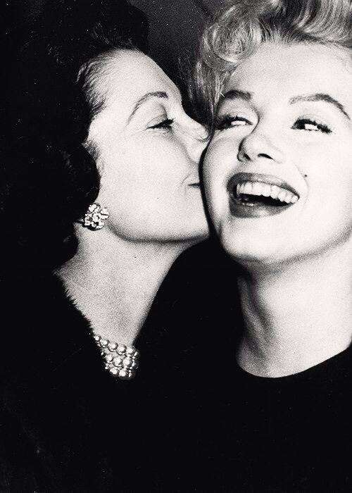 Marilyn Monroe and Vivian Leigh, 1956