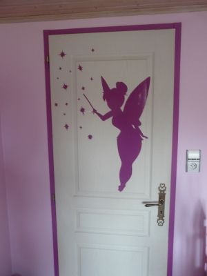 la chambre d 39 ines la princesse le sticker f e clochette. Black Bedroom Furniture Sets. Home Design Ideas