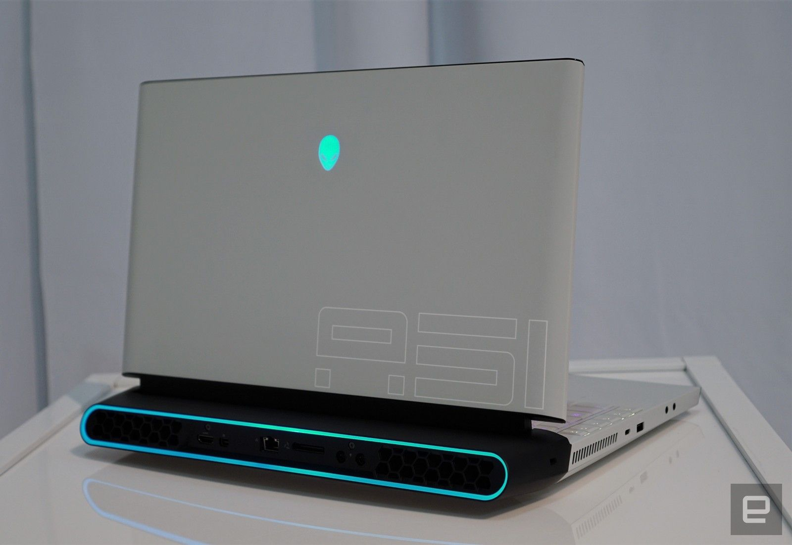 Alienware S Area 51m Laptop Has An Upgradable Cpu And Graphics