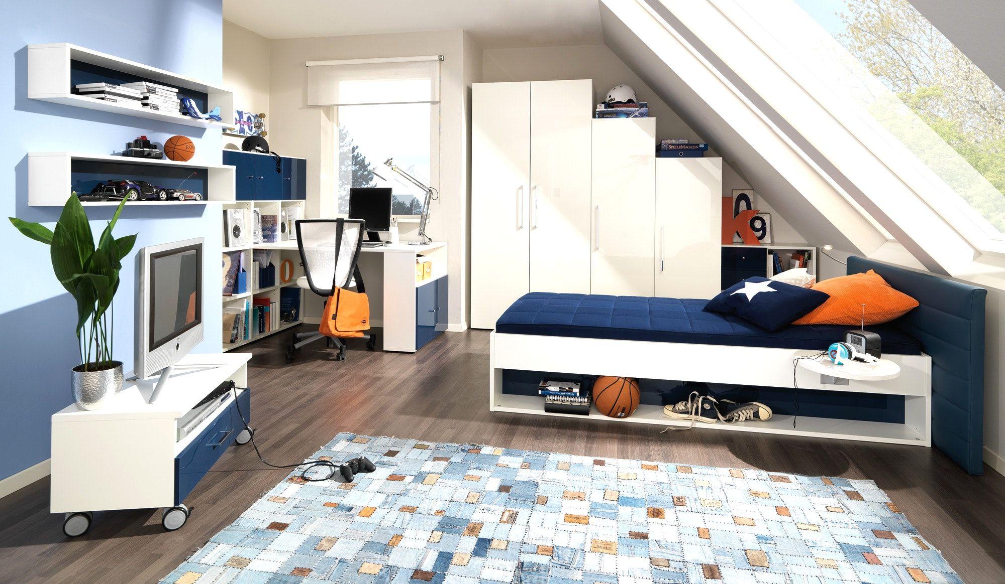 schlafzimmer mit dachschr ge ideen b hmerwald bettdecken test schlafzimmer einrichten strand. Black Bedroom Furniture Sets. Home Design Ideas