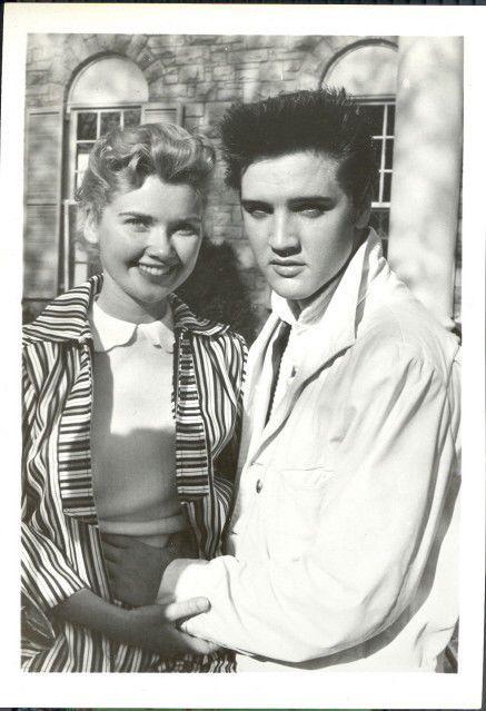 Elvis Presley original 5x7 vintage candid photo with girlfriend Yvonne Lime