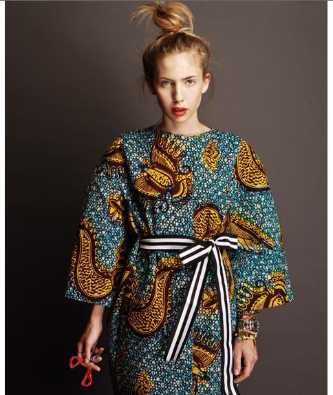 Mon coeur a bondi quand j'ai vu la collection de cette designer que je ne connaissais pas du tout : STELLA JEAN .Une seule réaction : Spee...