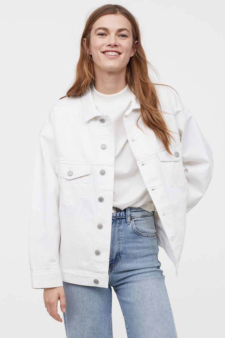 Oversized Denim Jacket White Ladies H M Us In 2020 Oversized Denim Jacket White Denim Jacket Outfit White Jacket Outfit