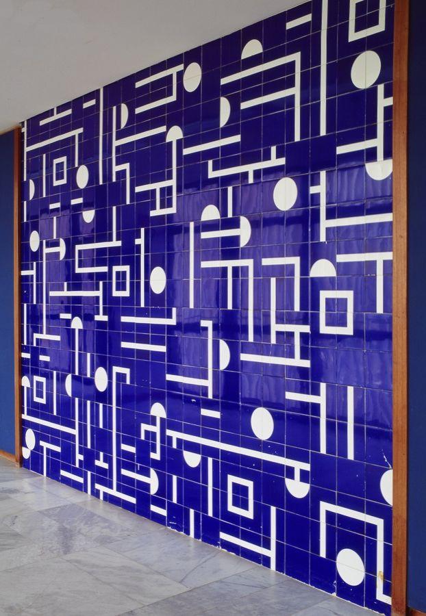 ATHOS BULCAO (Athos Bulcão), Itamaraty Palace (architect Oscar Niemeyer), ceramic tile wall, c.1968, Brasília, Brazil. / Nara Roesler