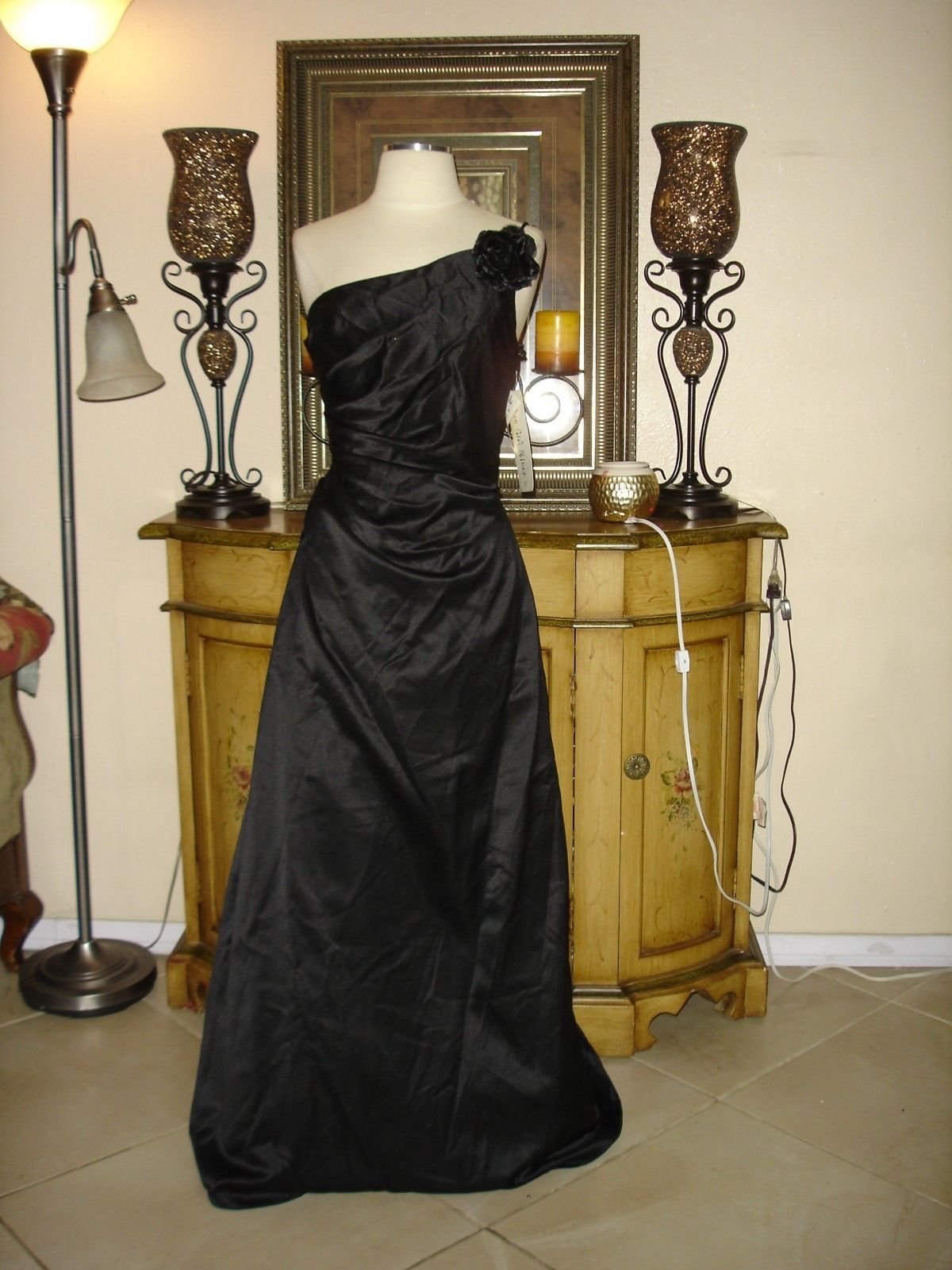 Cool great urban girl nite gown black single strapped formalprom