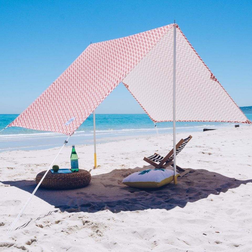 Designed for fun day at the Beach. The carry case creates easy transport a easy quick set-up and enough room for the entire family. The beach tent lets ... & Beach Tent | Travel | Pinterest | Beach tent Tents and Beach