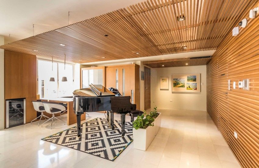 Grand Europa Apartment for a Family That Loves Music